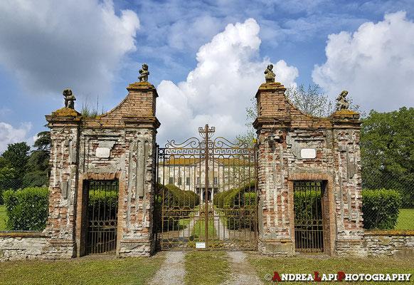 Villa in vendita (tra Torrechiara e Fontanellato)