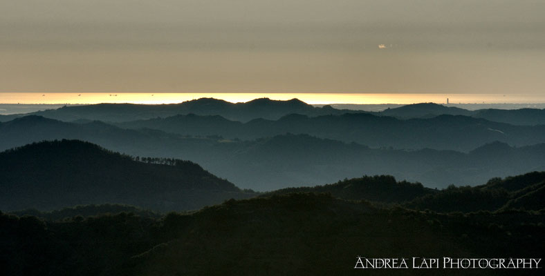 L'Adriatico visto dal Passo della Sambuca