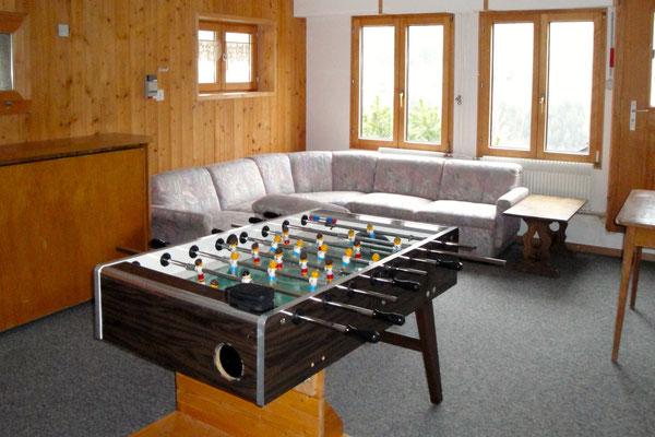 Spielzimmer/Jugendraum: Ein Indoor-Fussballmatch gefällig?<br>© Juerg Hostettler