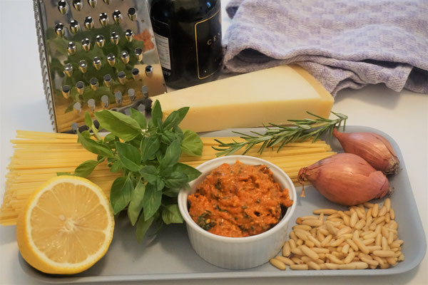 Linguine mit Mango-Pesto-Rosso