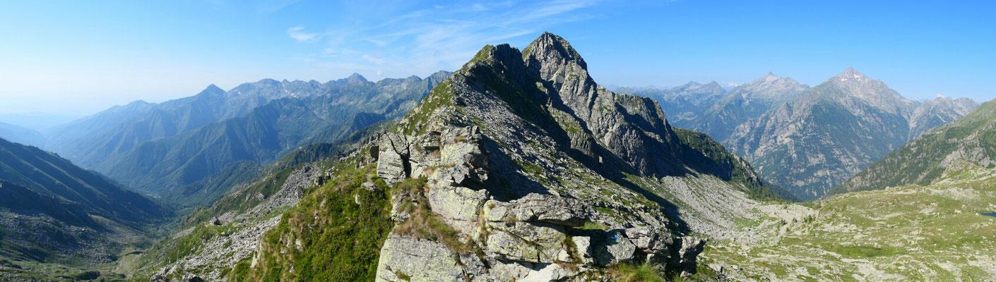 Colle della Mologna Grande - Richtung Süden (Monte i Gemelli)