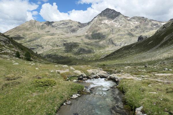 Blick Richtung Norden aus dem Val Cantone di Dosdè