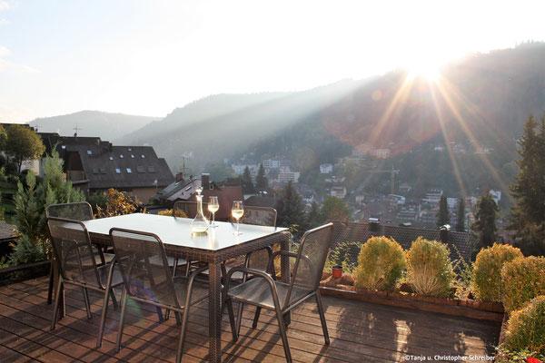 Terrasse mit Blick auf Bad Wildbad