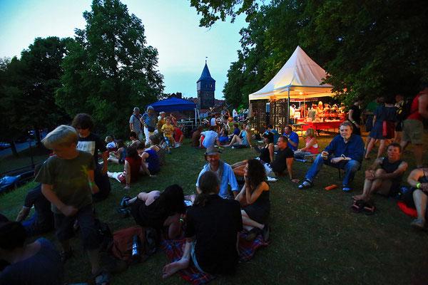 Blick auf den Kehrwiederturm - Hildesheimer Wallungen 2015. Foto: Julia Moras