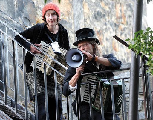 Das Trillke Orchester am Kehrwiederturm - Hildesheimer Wallungen 2009. Foto: Andreas Hartmann