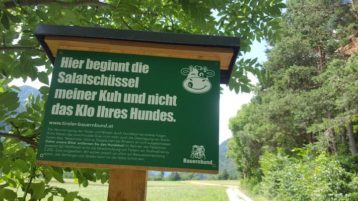 Die Österreicher haben lustige Schilder!