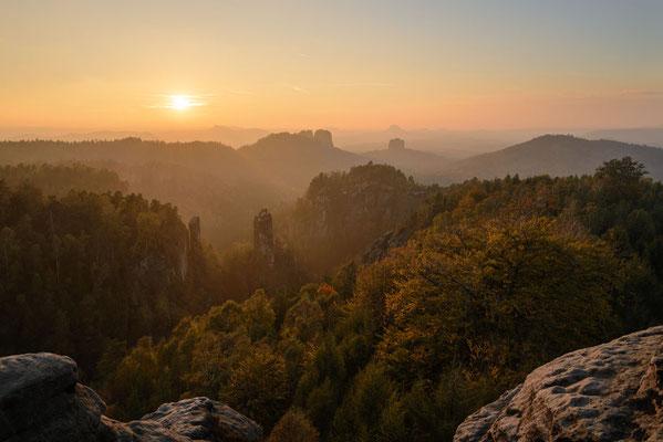 Blick vom Carolafelsen im Elbsandsteingebirge