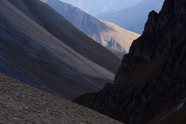 Blick vom Thorong Phedi Highcamp ins Tal