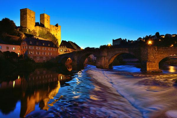 Runkel an der Lahn mit Burg und alter Brücke
