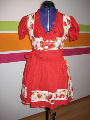 Dirndl Erdbeer