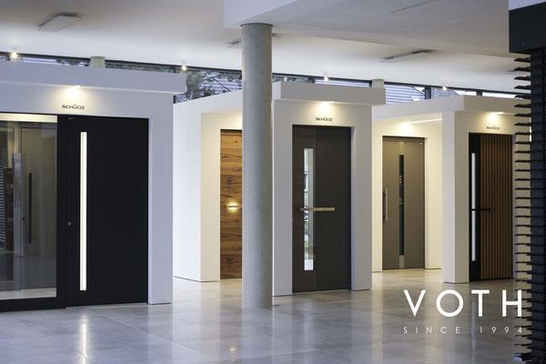 Große Haustüren Austellung in Kreuzau bei Düren von Voth Baudesign