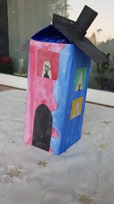 Sergej 7 J  Unser Haus ist unser Familiennest