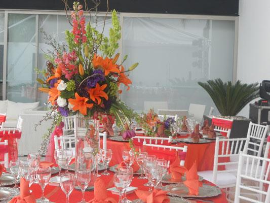 fiesta inauguracion casa en cuernavaca morelos montaje mesas flores eventos