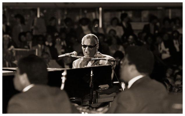 Ray Charles (1930-2004), Atlanta Merchandise Mart 1983