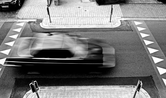 classic silouette follows speed