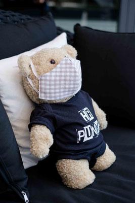 Ted mit Maske