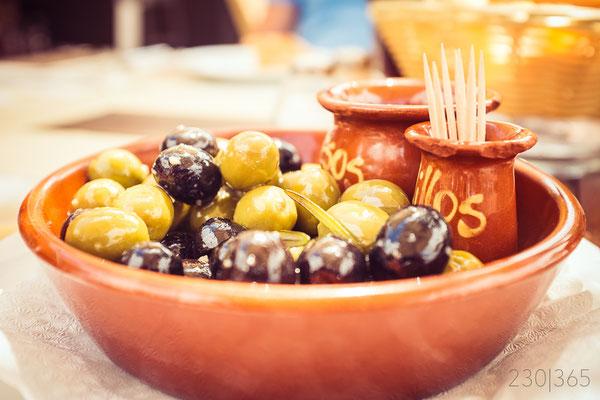 230|365 17.07.2016 - Oliven in der Olive