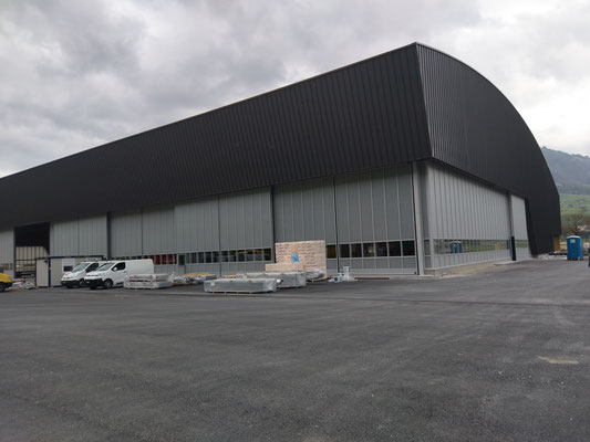 Neue Halle 25