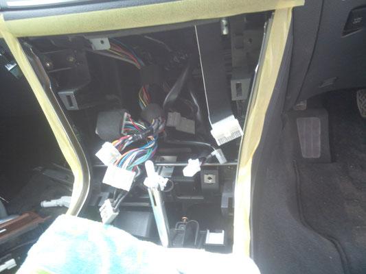 電装品点検修理 カーオーディオ、カーナビ www.e-arts.net/