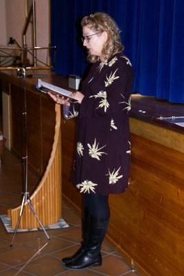 Evelyn Stoll  liest Weihnachtsgeschichte