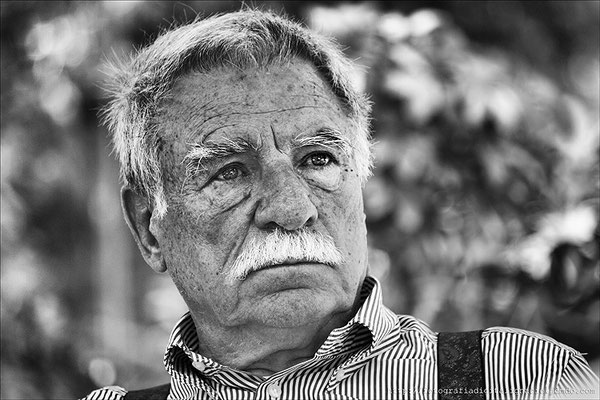 Retrato a un señor. Realizada con el 55-250mm