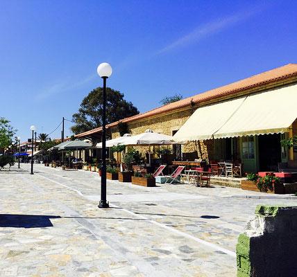 gialova greece main road
