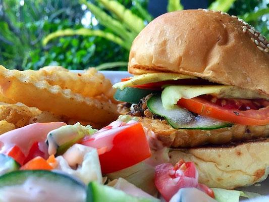 burger at dapur mamiku sanur bali indonesia