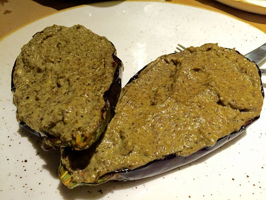vegan eggplants stuffed with mushroom mouse gialova greece
