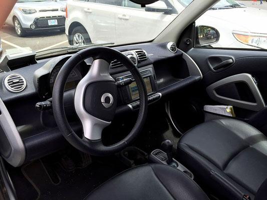 inside a smart car car2go