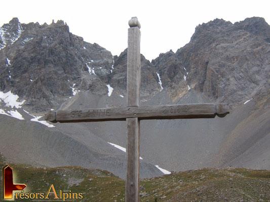 Croix du lac St Anne (Massif du Queyras, Hautes-Alpes)