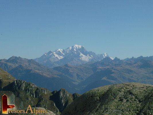 Sous la pointe du Rognolet, superbe vue sur le Mont-Blanc (Massif de la Lauzière, Savoie)