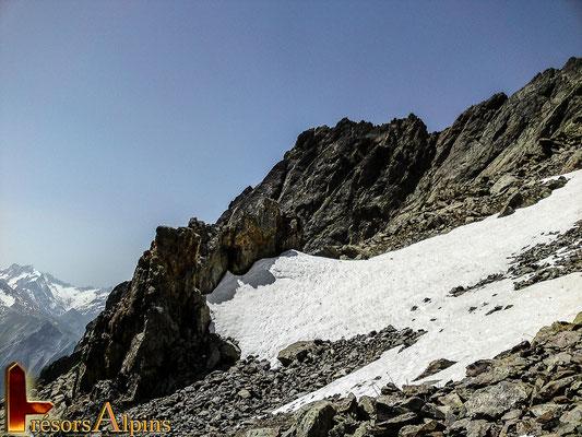Un glacier déjà bien entamé par le passage du temps...