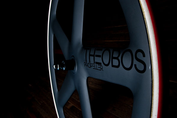 Special edition Theo Bos