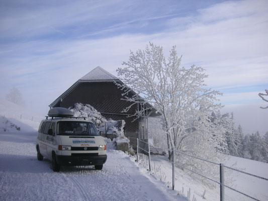 Schlittekn im Jura und Höhleneinstieg 1. Jurakette