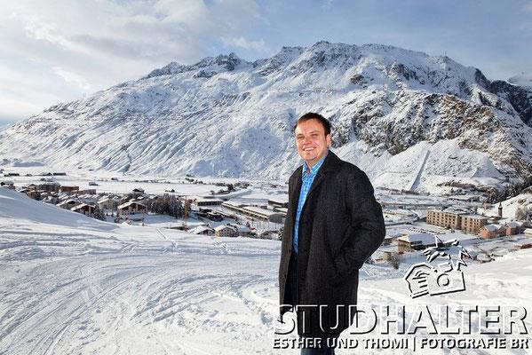 Roger Nager, Gemeindepräsident Andermatt, hier hoch über Andermatt.
