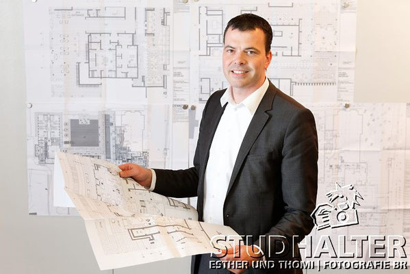 Daniel Prater, Projektleiter Bau Hotel Chedi Andermatt in der ASA-Zentrale in Altdorf.