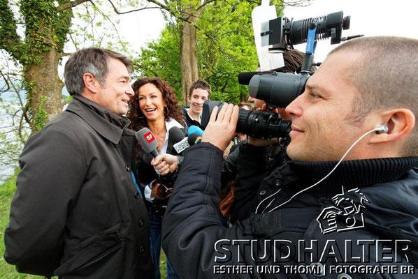 Medienkonferenz: Die beiden Hauptdarsteller Sofia Milos und Stefan Gubser im Fokus der Medien.
