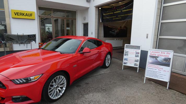 Ford Mustang Aufbereitung mit Wachs hybrid Versiegelung