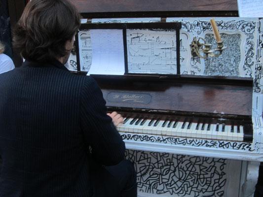 ピアノもアートしている
