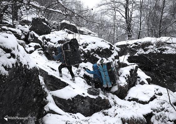 Ramun und Däni im sehr schneereichen Val Calanca/GR
