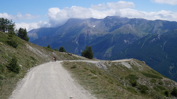 Auffahrt Monte Jafferau