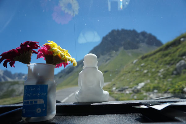 Mit FlowerPower und Buddhas Hilfe auf den Berg