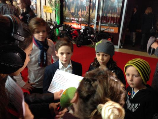 Interviews am rotenTeppich auf der Premiere in München am 31.1.2016