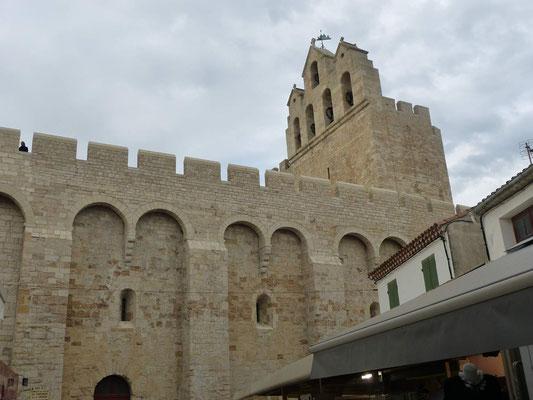 Kirche von Saintes-Marie-de-la-Mer