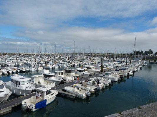 Jeder Hafen ist voller Boote