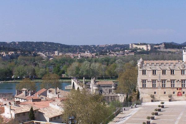 Blick aus dem Palais des Papes