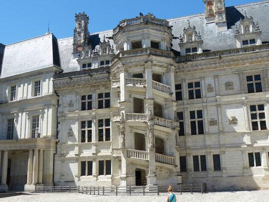 Innenhof des Château (Panoramabild)