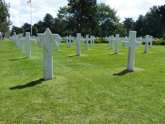 Ein Grab eines jüdischen Soldaten