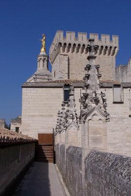 Palais des Papes innen