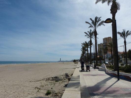 El Campello Strand - noch leer